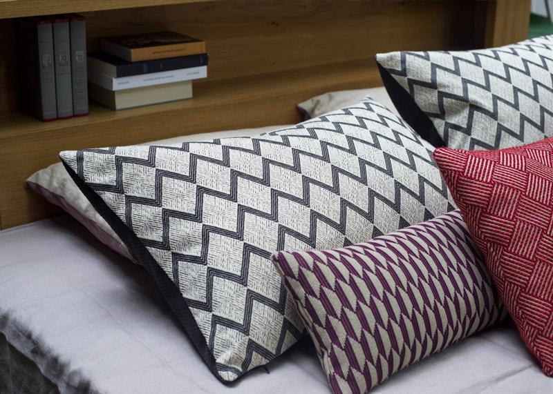cadre de lit jaco nation literie. Black Bedroom Furniture Sets. Home Design Ideas